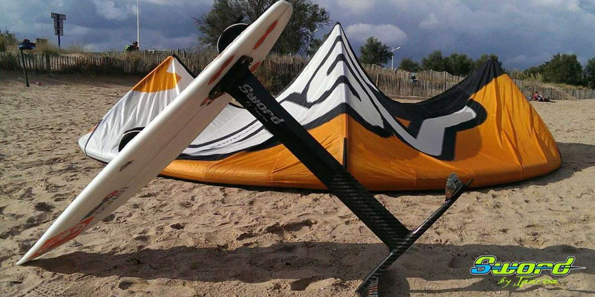 Shop the best quality Kitefoil at the TAAROA website.