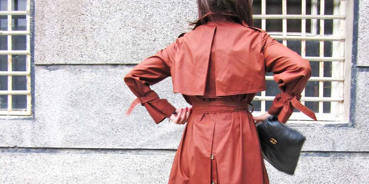 How to Look Good in Vintage Fashion