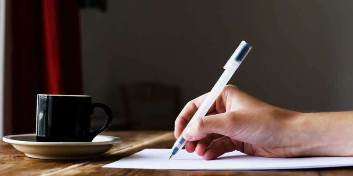 How to Write a Poem: Easy Tips for Beginners